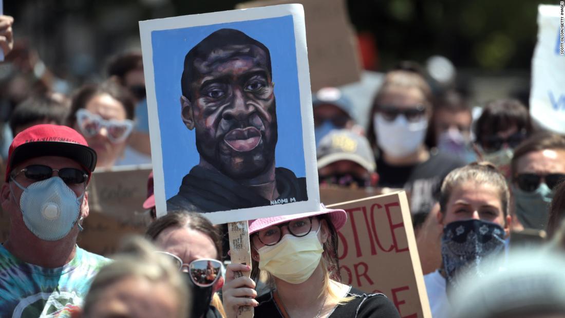 Black Lives Matter memprotes di seluruh AS dan dunia: Pembaruan langsung