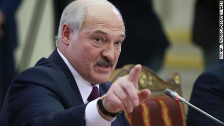 Presiden Alexander Lukashenko berbicara selama pertemuan puncak pada 20 Desember 2019 di St. Petersburg, Rusia.