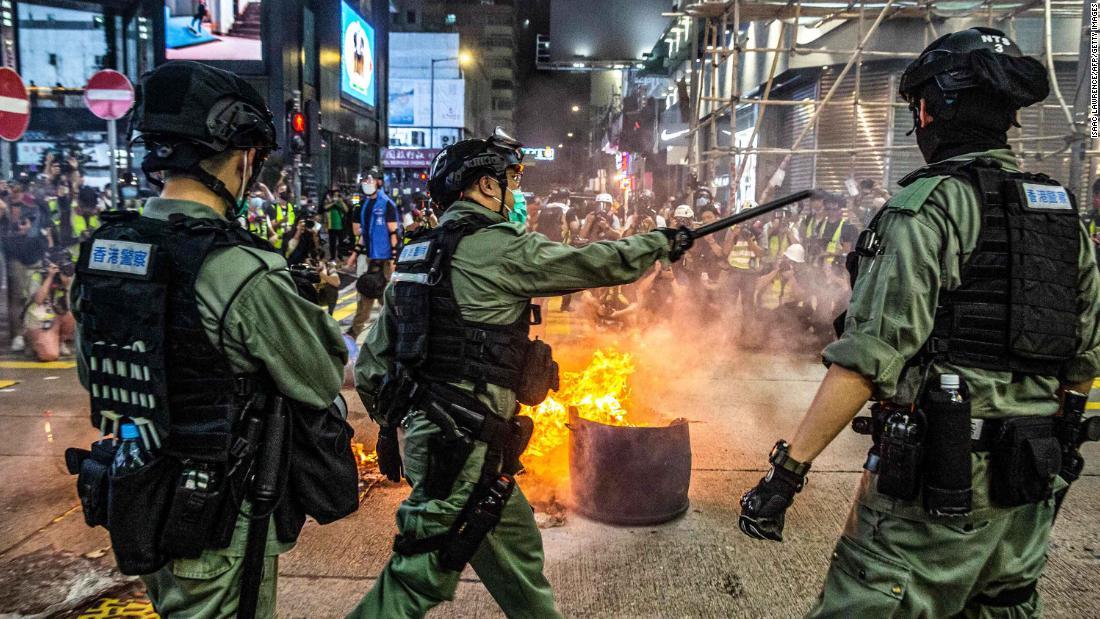 China mengungkapkan beberapa perincian hukum keamanan nasional Hong Kong dan mereka seburuk yang dikhawatirkan oleh para kritikus