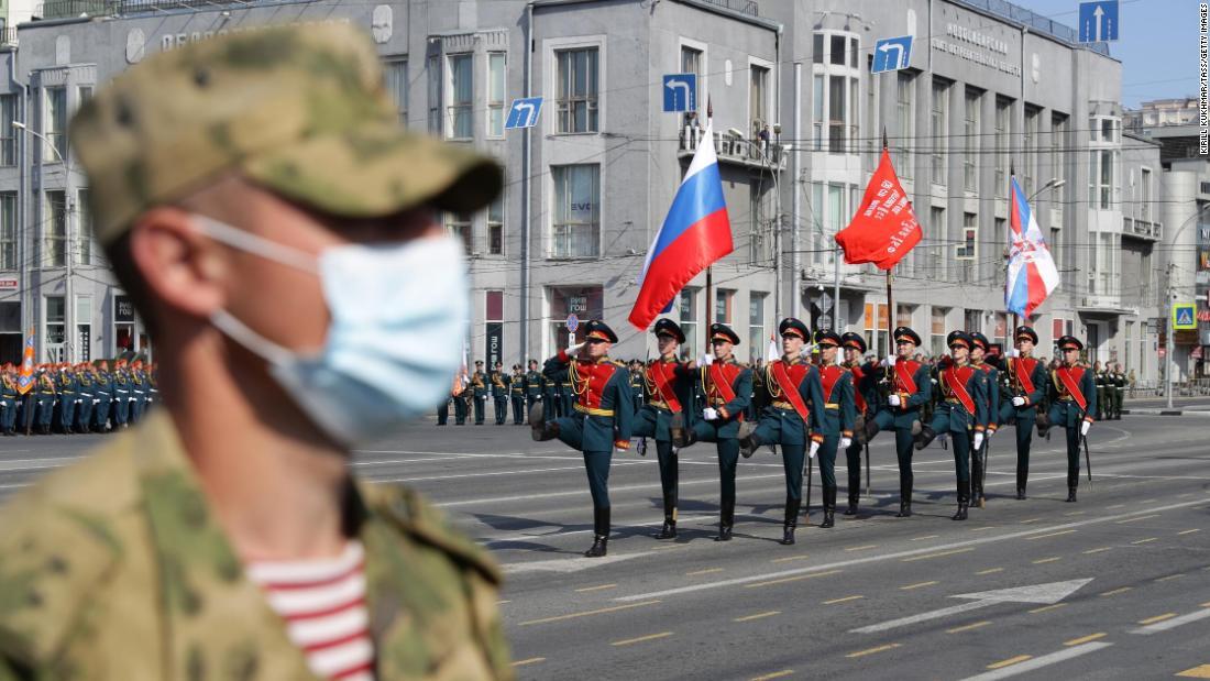 Rusia memulai parade Hari Kemenangan mewah setelah penundaan coronavirus