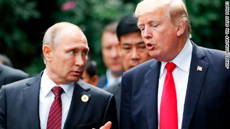 Putin memanfaatkan kekacauan coronavirus untuk bermain langsung ke Trump