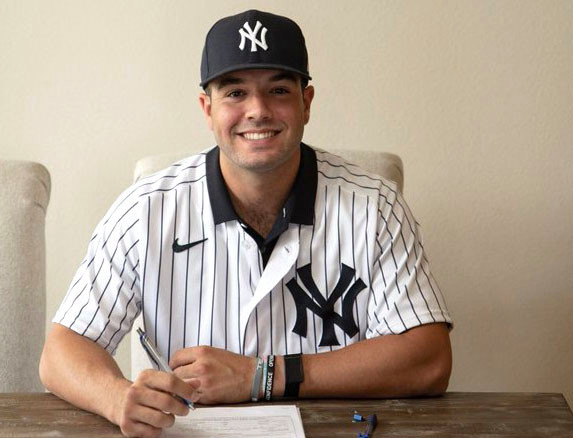 Austin Wells ada di flip: 'Resmi Yankee!'