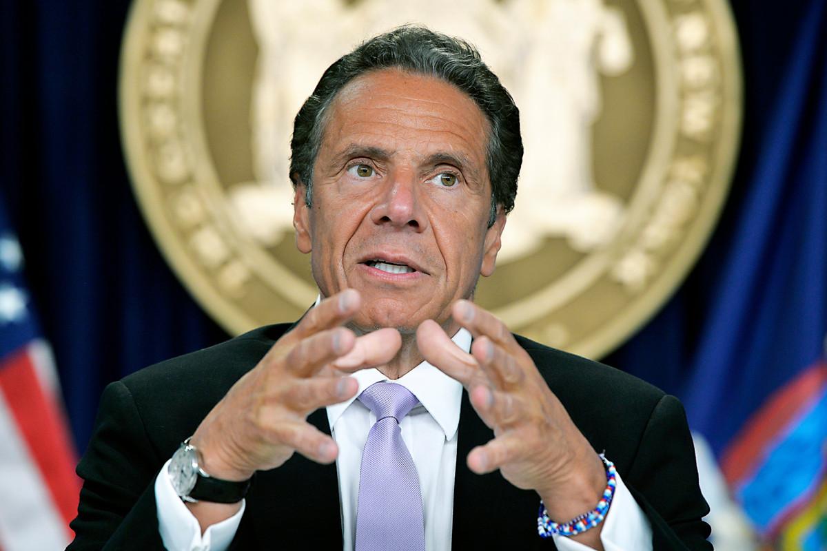 Gubernur Cuomo mengeluhkan 'panas politik' atas kematian di panti jompo