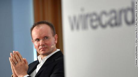 CEO Wirecard berhenti setelah $ 2 miliar hilang dan tuduhan penipuan muncul
