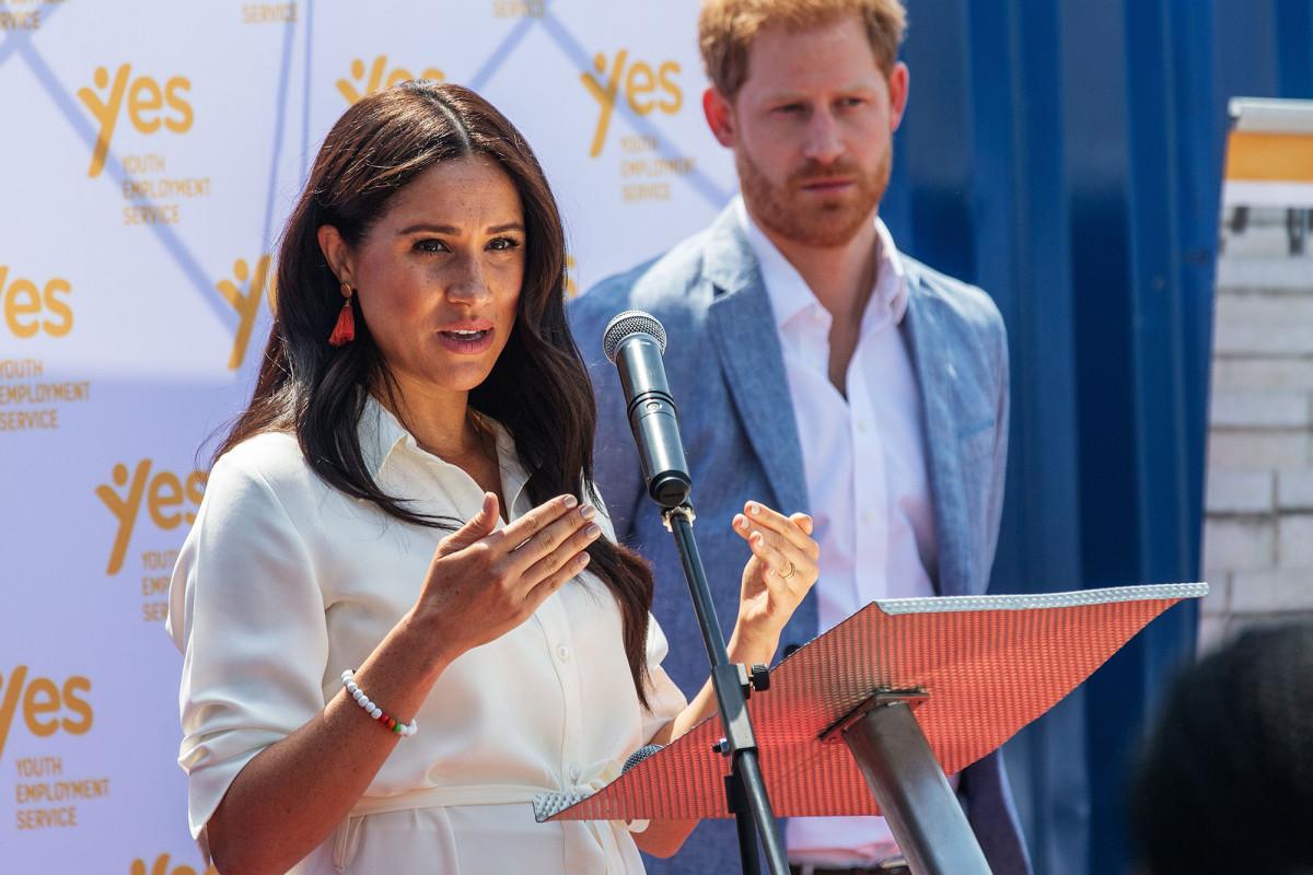 Meghan Markle, Pangeran Harry bersiap untuk menghasilkan hingga $ 1 juta per pidato