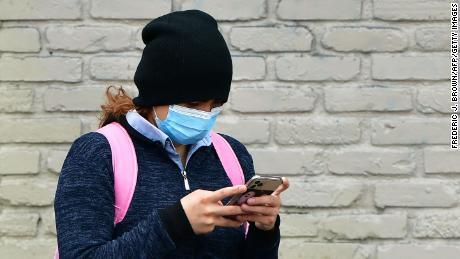 Aplikasi pelacakan seharusnya membantu mengalahkan pandemi. Apa yang terjadi pada mereka?