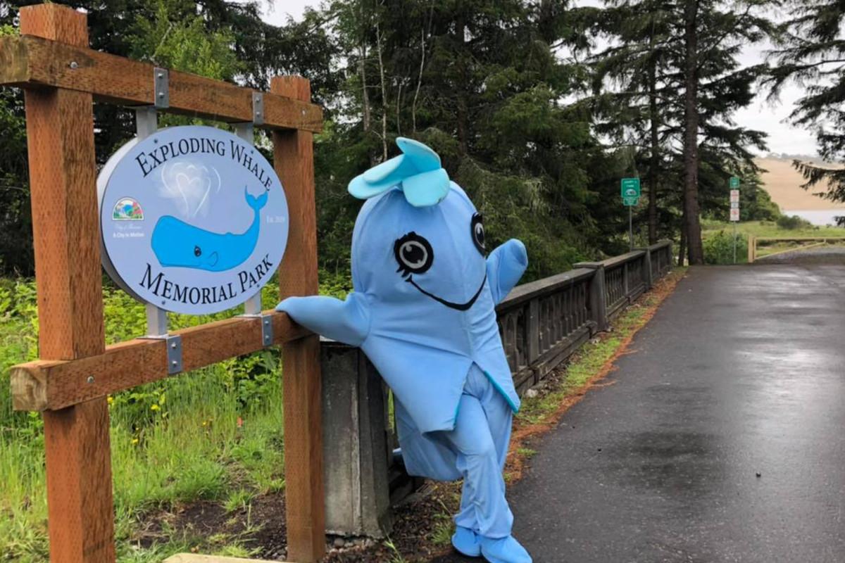 Nama kota Oregon taman setelah pejabat paus membusuk meledak