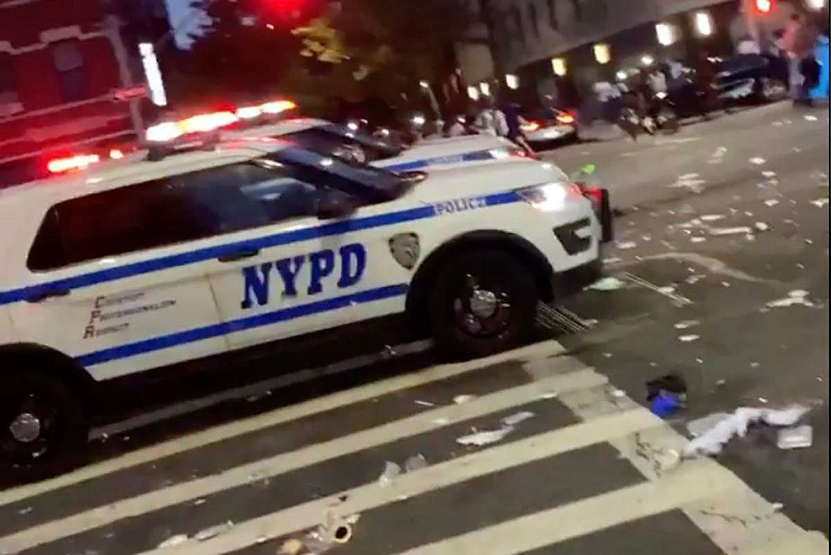 Tanda-tanda baru NYC berputar di luar kendali