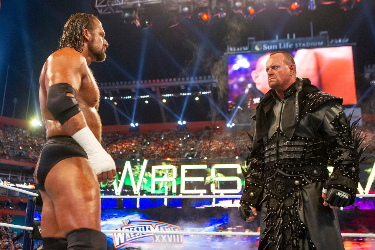 Triple H mencerminkan Undertaker, keraguan dirinya sendiri