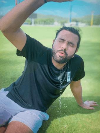 Pelatihan luar ruangan Rohit Sharma