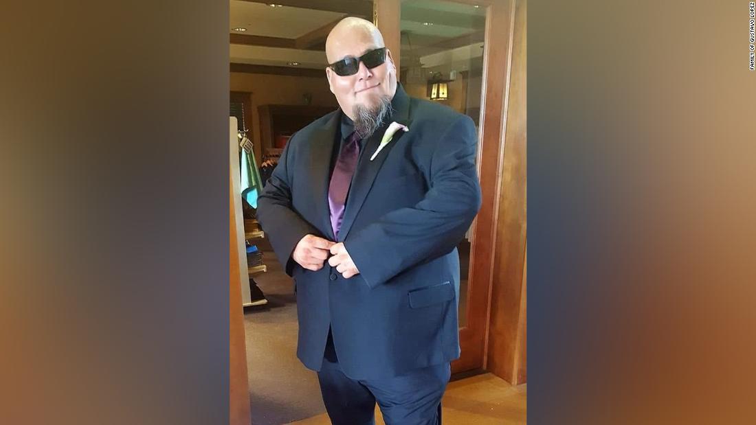 Thomas Macias memposting dia menyesal menghadiri pesta. Dia meninggal karena coronavirus pada hari berikutnya