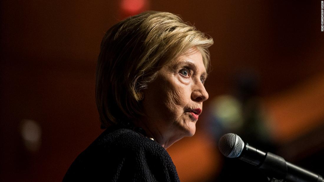 Hillary Clinton tentang penanganan virus korona Trump: 'Saya akan melakukan pekerjaan yang lebih baik'