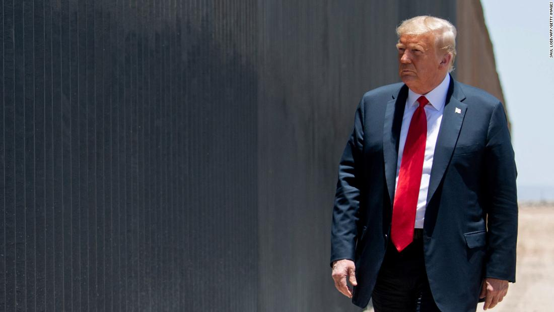 Imigrasi: 4 bulan terakhir membawa tindakan keras yang belum pernah terjadi sebelumnya pada masuknya hukum ke AS