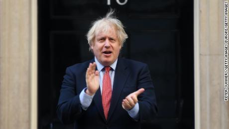 Kebanyakan orang Inggris berkulit hitam berpikir Partai Konservatif secara rasis institusional, menurut jajak pendapat CNN