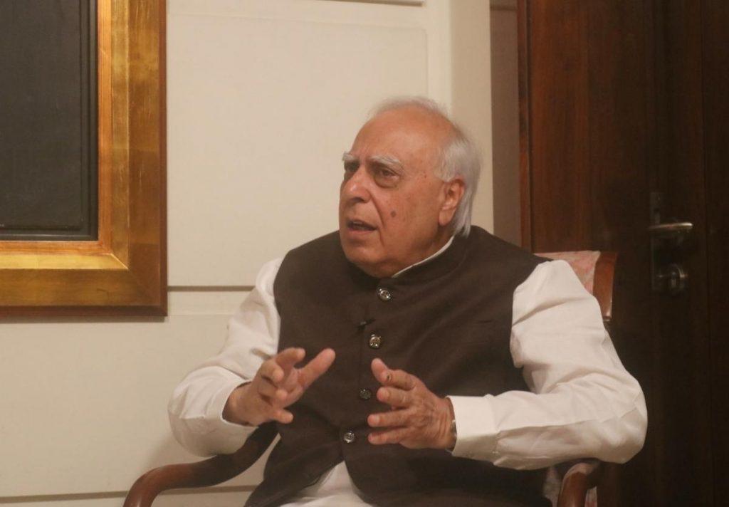 Kapil Sibal mengkhawatirkan pesta karena krisis Kongres di Rajasthan semakin memprihatinkan