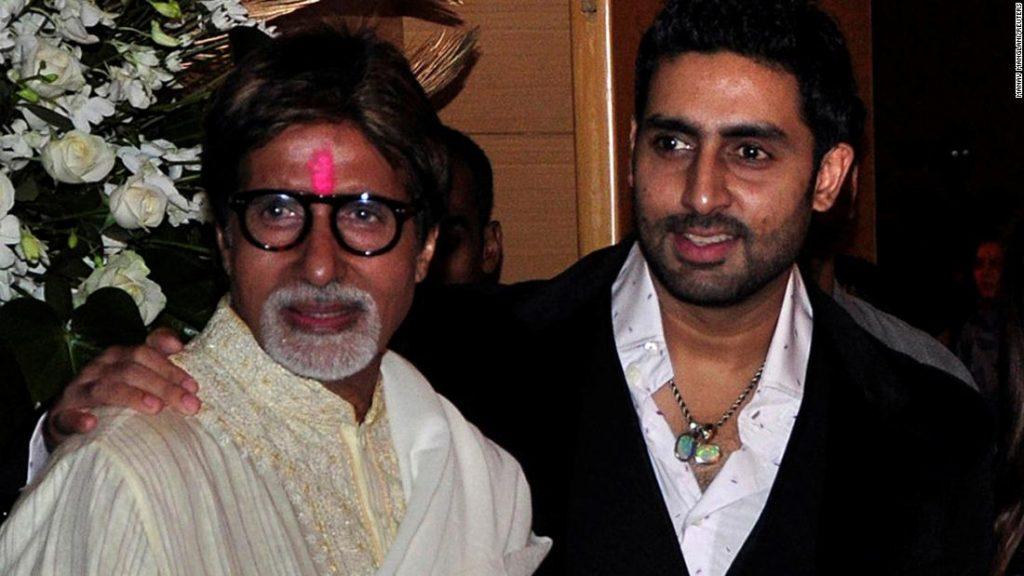 Amitabh Bachchan dan kerabatnya dirawat di rumah sakit karena kasus coronavirus melonjak di India