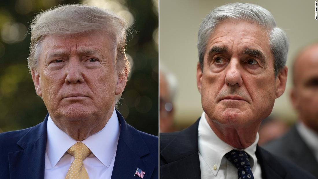 Robert Mueller mempertimbangkan untuk berbicara lebih awal melawan serangan Trump dan Barr, kata beberapa sumber