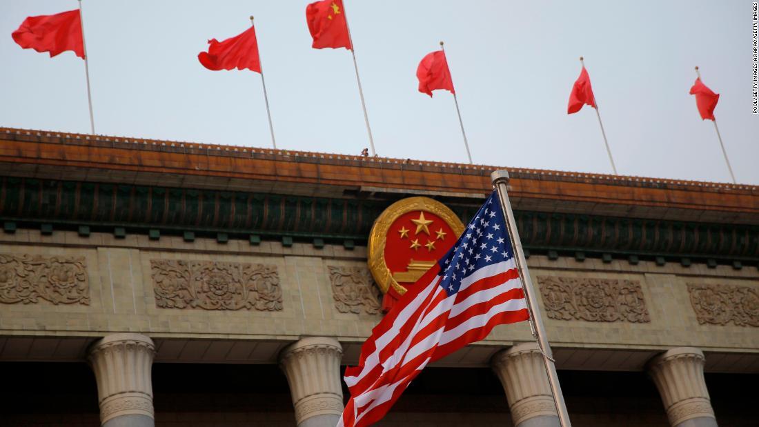 China mengatakan AS 'secara tiba-tiba menuntut' penutupan konsulatnya di Houston
