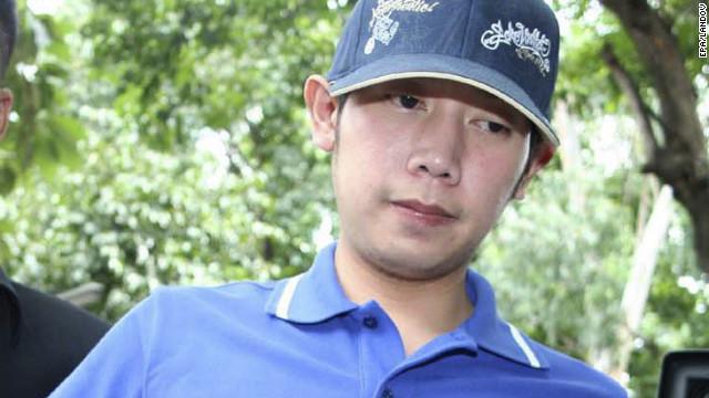 Vorayuth Yoovidhya, cucu pencipta minuman energi Red Bull, ditangkap di kantor polisi Thong Lor di Bangkok, Thailand, pada 3 September 2012.
