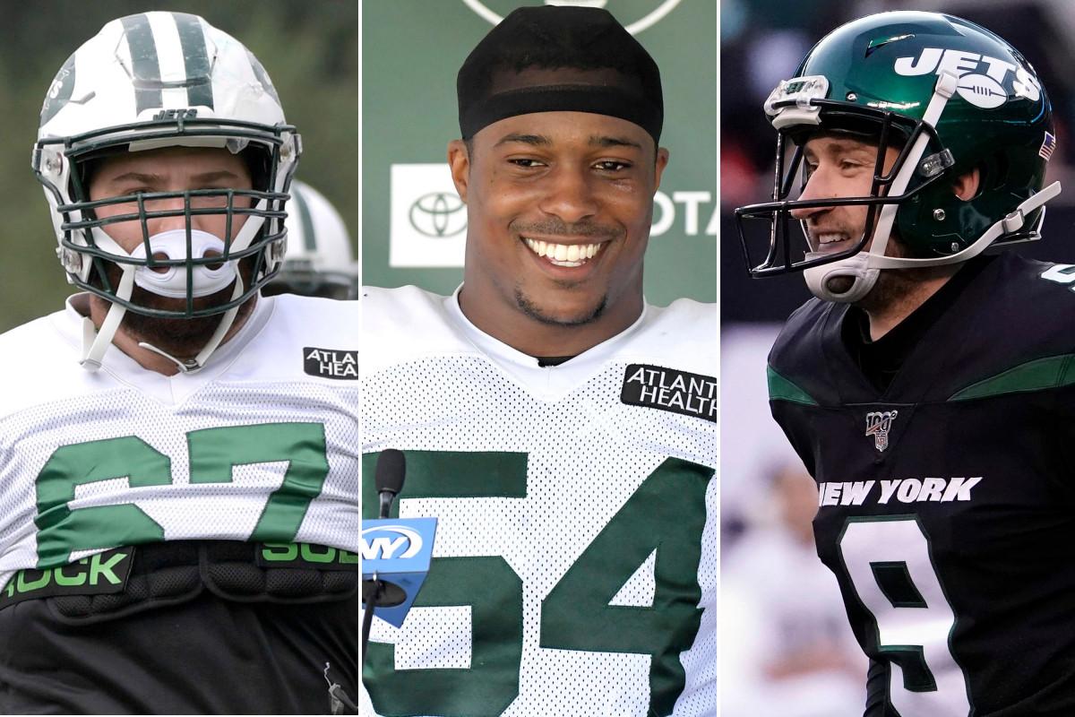 Brian Winters, Avery Williamson, dan Sam Ficken dari Jets berjuang untuk mendapatkan pekerjaan