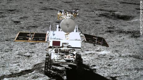 Misi luar angkasa Tiongkok mengungkapkan seperti apa rasanya di sisi jauh bulan