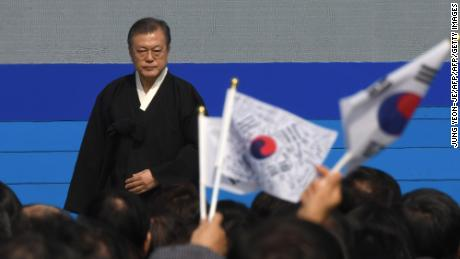 """""""Perlakuan kejam dan penyalahgunaan atlet adalah warisan dari masa lalu yang tidak bisa dibenarkan dengan kata apa pun,"""" kata Presiden Moon Jae-in."""