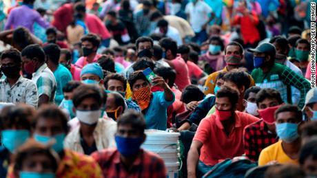 India mencatat 1 juta kasus Covid-19 ... dan ini adalah yang termiskin yang paling terpukul
