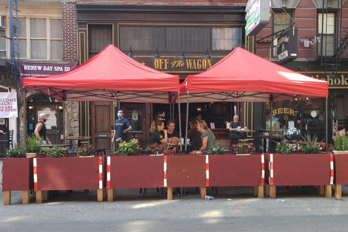 Cuomo SLA meminta 40 pekerja negara untuk memata-matai bar NYC, restoran
