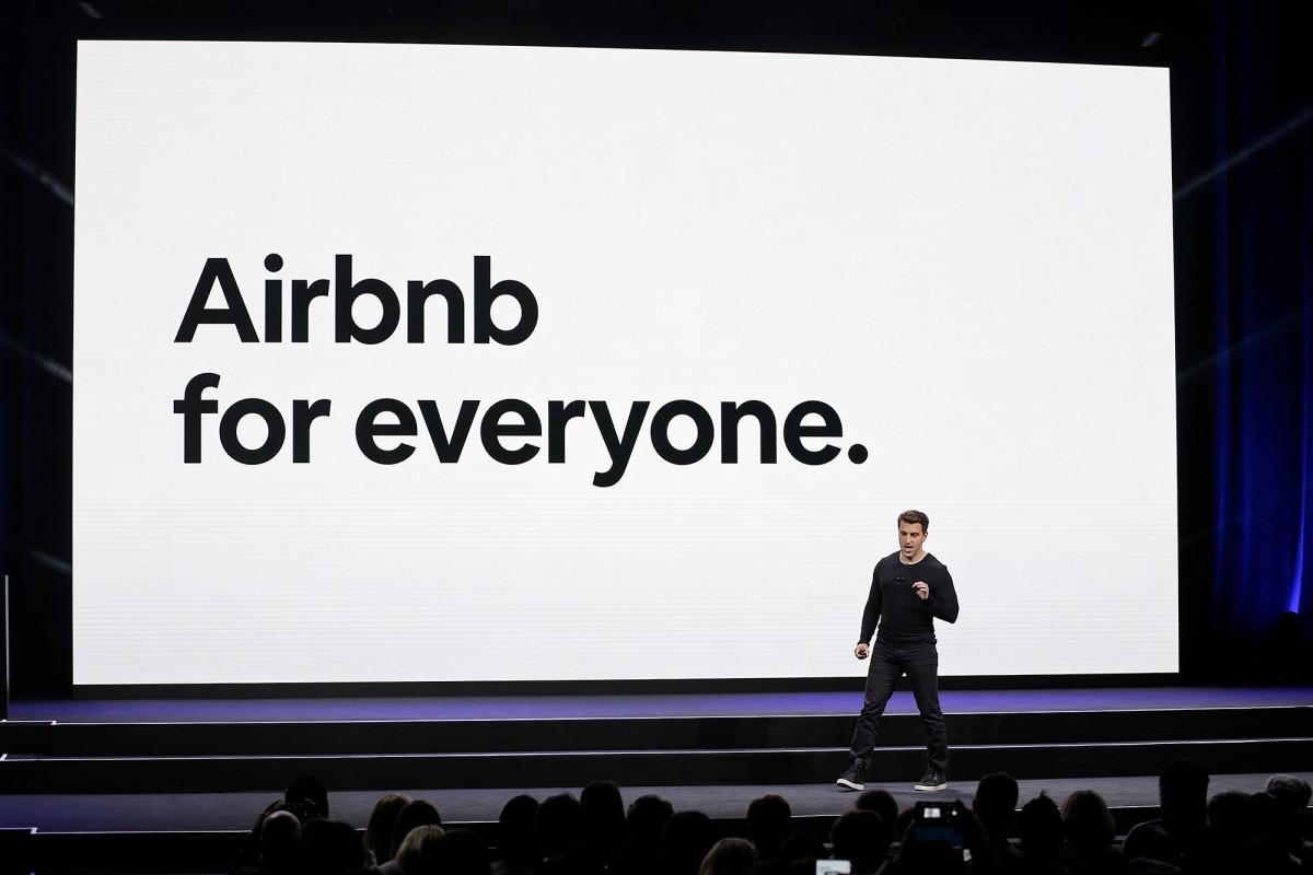 Daya tarik Airbnb untuk 'kontribusi' bagi tuan rumah yang mandul memicu bahan bakar kata-kata kasar