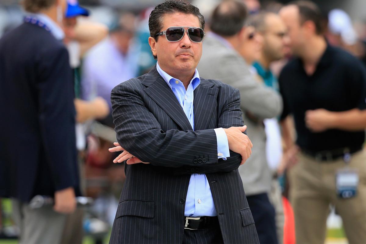 Masalah Dan Snyder jauh melampaui mengubah nama Redskins