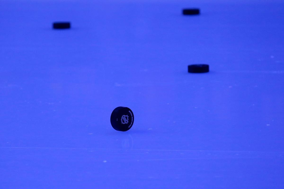 NHL, pemain setuju dengan ekstensi CBA, menyelesaikan rencana kembali bermain