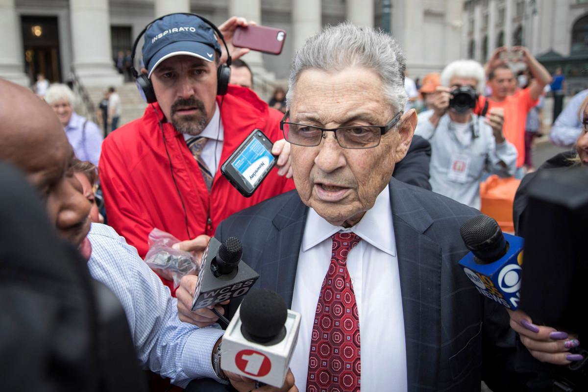 Pembicara mantan Majelis yang dipermalukan, Sheldon Silver, akan dijatuhi hukuman Senin