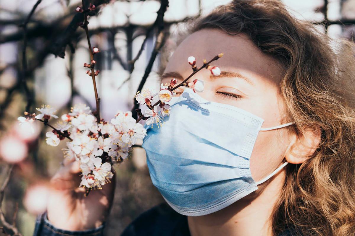 Peneliti Harvard menemukan mengapa COVD-19 menyebabkan hilangnya penciuman