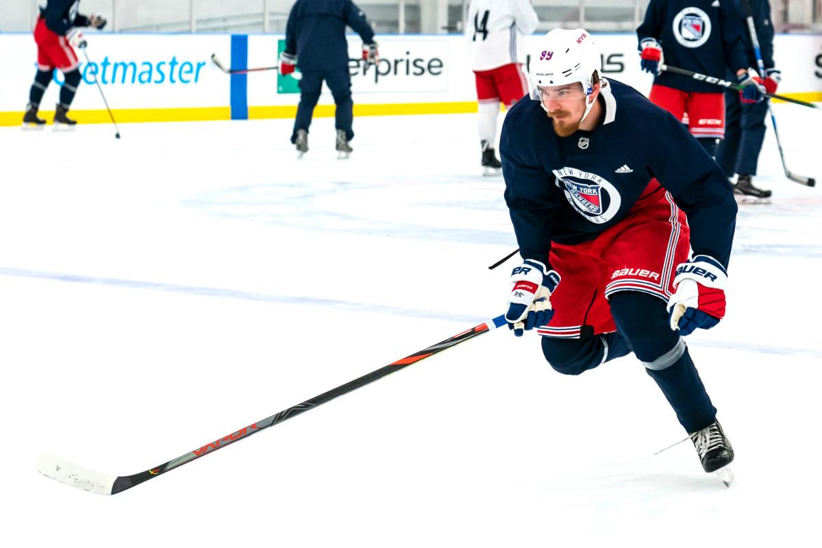Rangers 'Pavel Buchnevich memuji kesuksesan hingga tingkat kenyamanan
