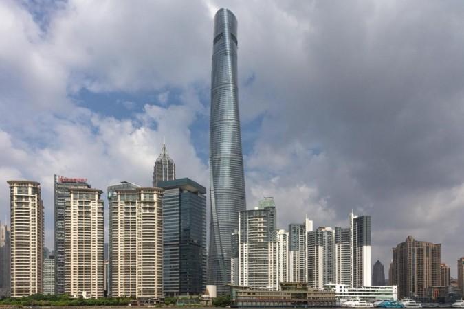 Menara Shanghai bocor; dunia sedang tertawa