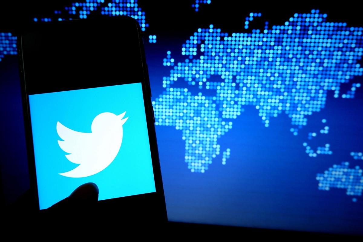 Staf Twitter dibayar untuk membantu meretas akun: melaporkan