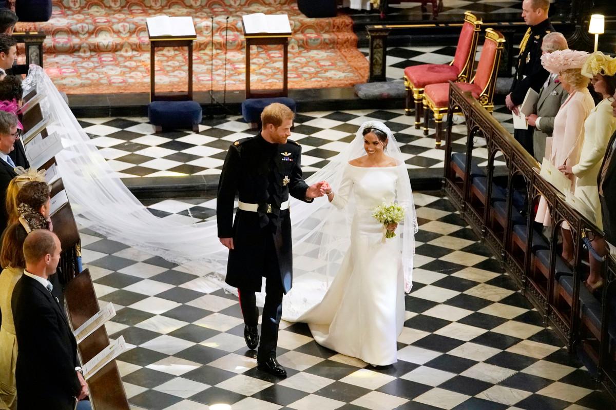 Tim hukum Meghan Markle mengatakan pernikahan kerajaan menghasilkan £ 1 miliar