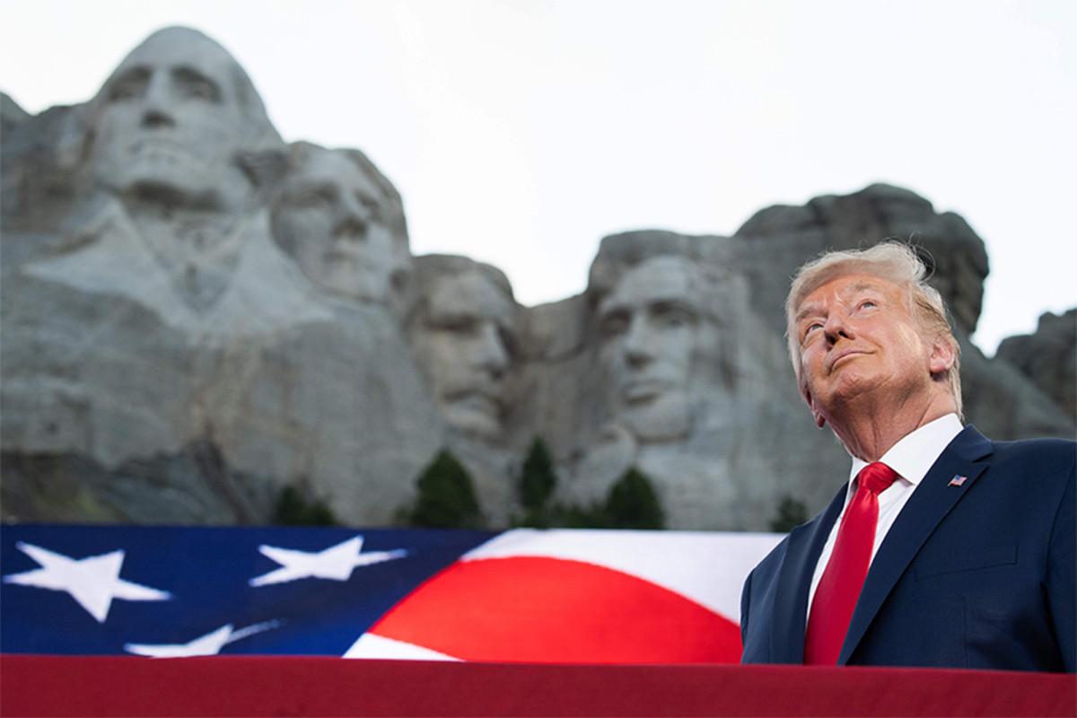 Trump ledakan kiri dalam pidato Gunung Rushmore berapi-api