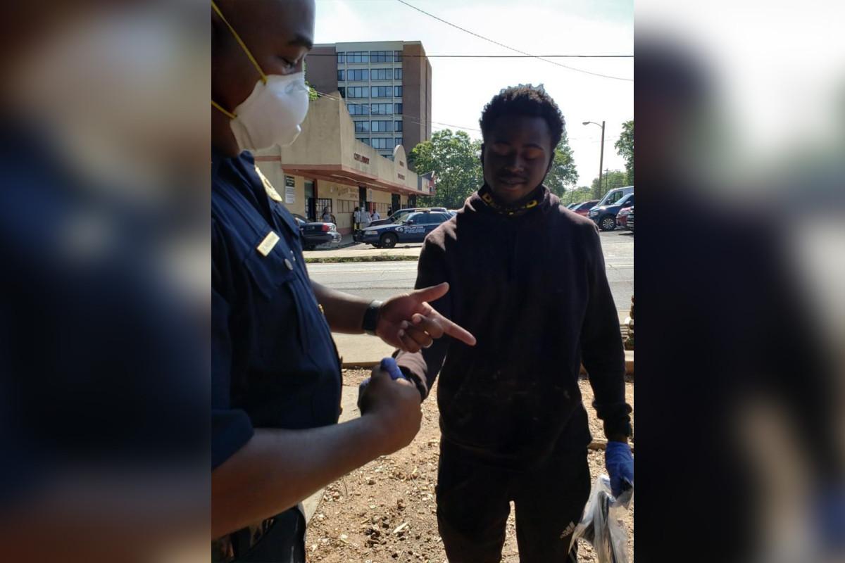 Tyler Perry mencoba 'menjembatani persatuan' antara polisi dan penduduk Atlanta