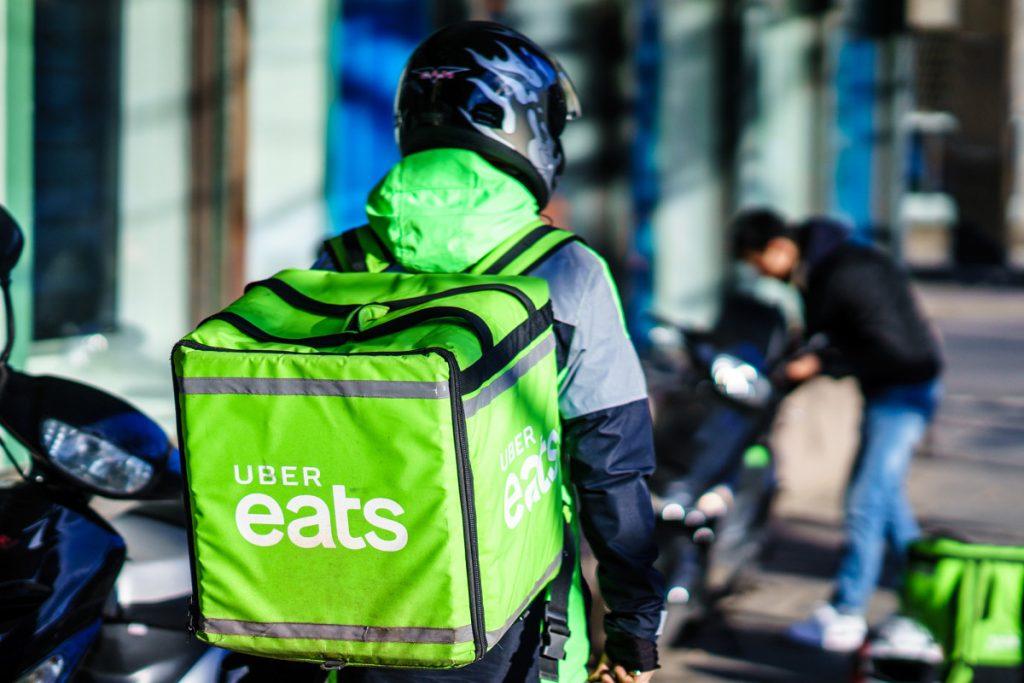 Uber Eats menawarkan restoran-restoran NYC kesempatan untuk beristirahat