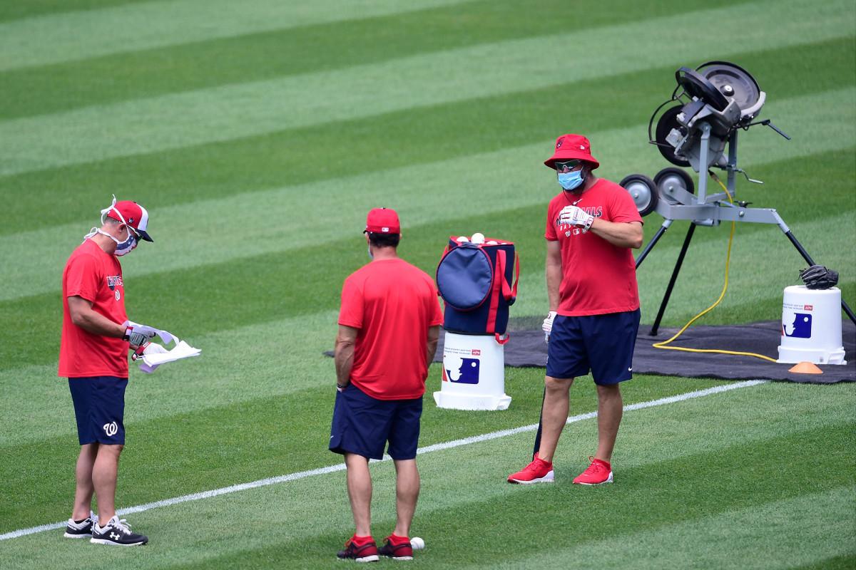 Warga negara, Astros membatalkan latihan sebagai frustrasi pengujian MLB tumbuh