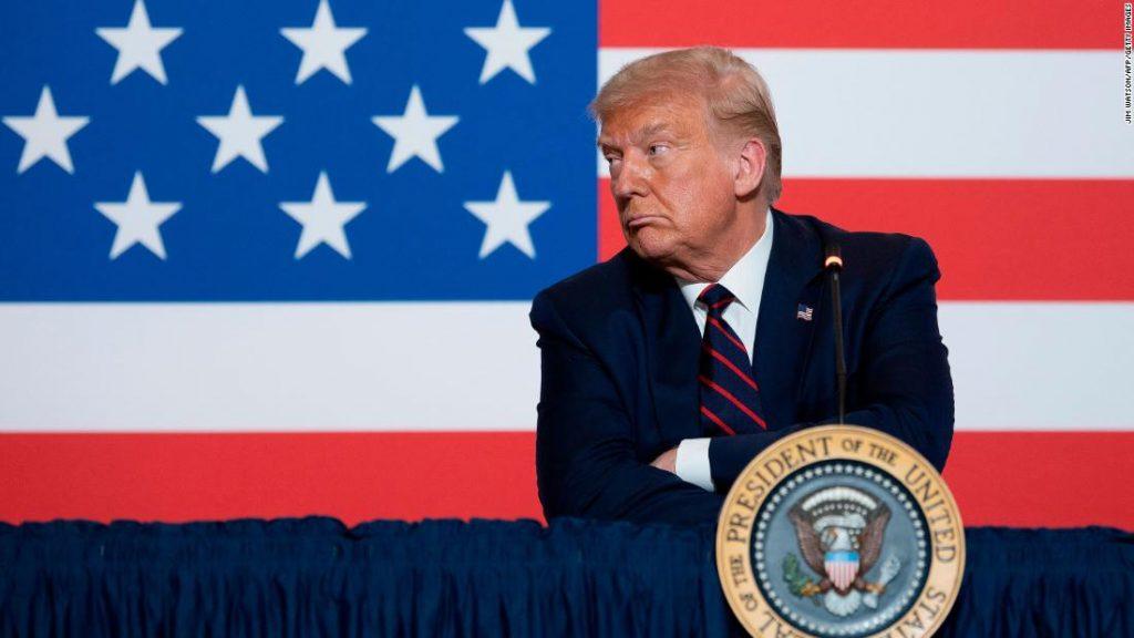 """""""Tidak ada yang menyukaiku,"""" keluh Trump, bahkan sekutunya pun memudar"""