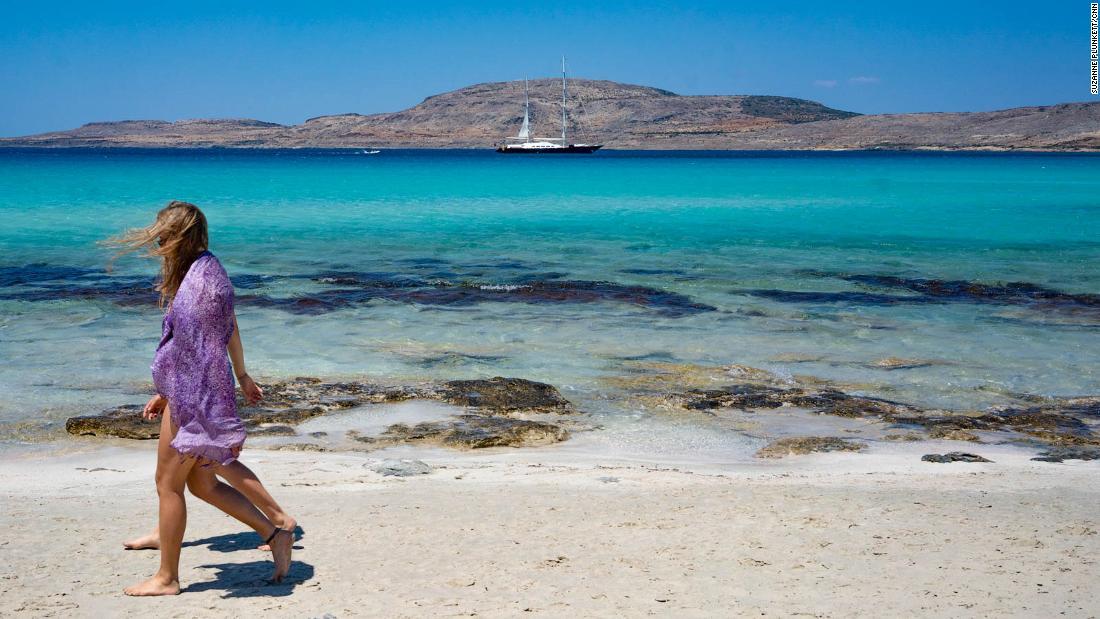 Liburan Yunani: Seperti apa rasanya berlibur saat ini
