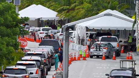 Florida mencatat rekor jumlah kematian akibat virus korona selama 4 hari berturut-turut