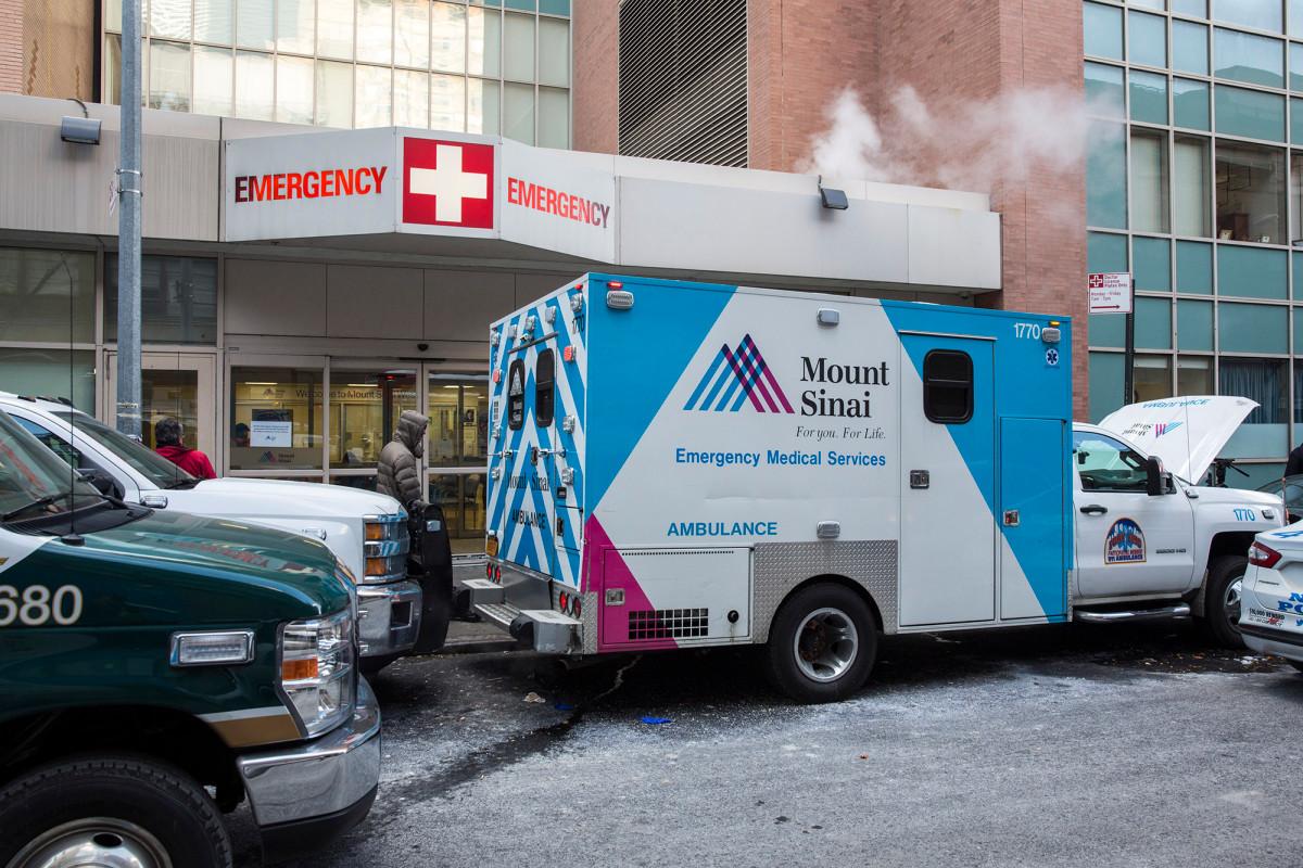 Rumah sakit NYC membuang janin ibu yang ingin dikubur: jas