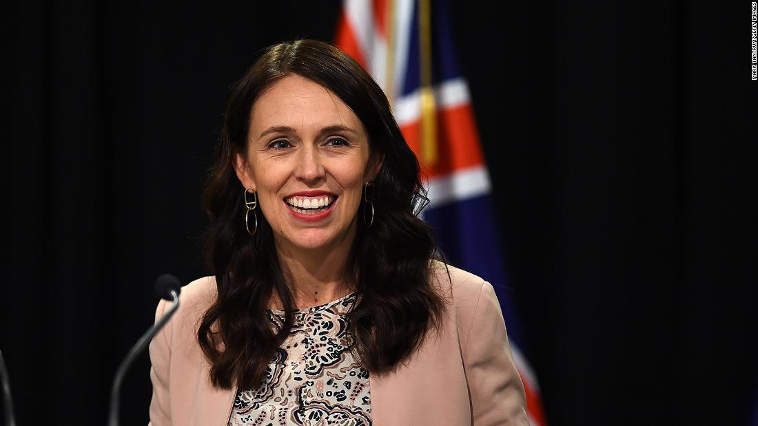 Bagaimana Selandia Baru menjalani 100 hari tanpa penularan virus korona komunitas