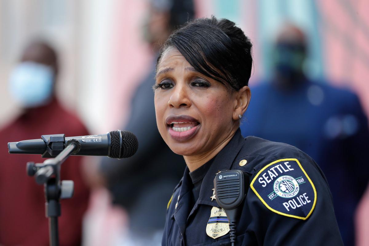 Kepala polisi Seattle mengundurkan diri setelah pemotongan departemen