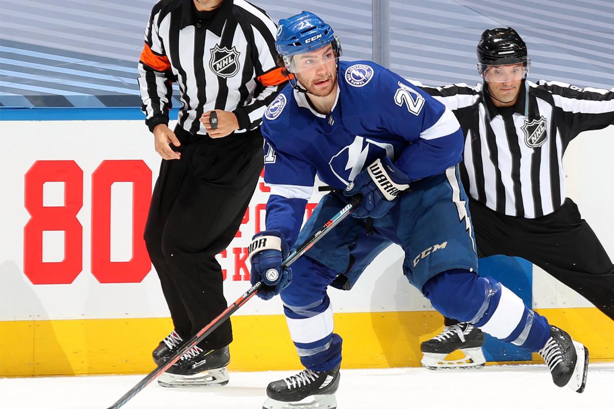 Lightning mengalahkan Blue Jackets dalam thriller playoff 5-OT NHL