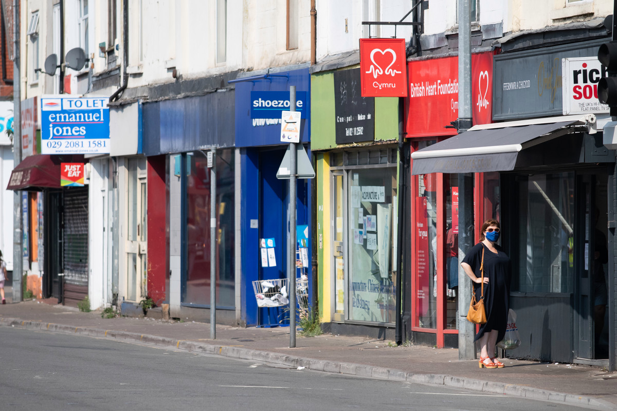 PDB Inggris merosot 20,4 persen karena virus korona mengguncang ekonomi