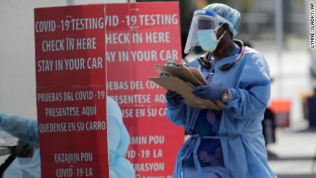 Tingkat kepositifan virus Corona: Apa arti istilah itu